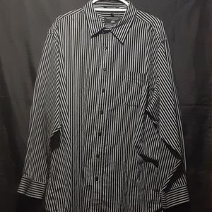Beverly Hills Polo Club button up longsleeve shirt
